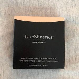 Bare Minerals BarePro Powder Foundation